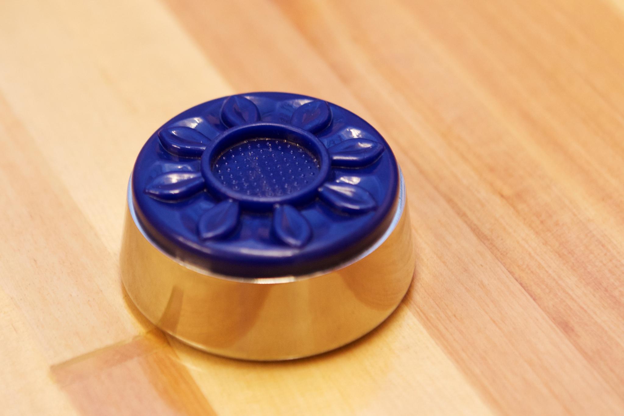 Medium shuffleboard puck stein farge blå