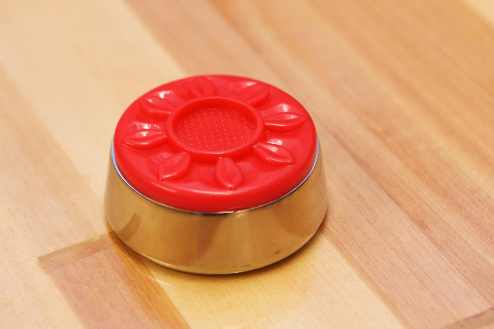 Medium shuffleboard puck stein farge rød
